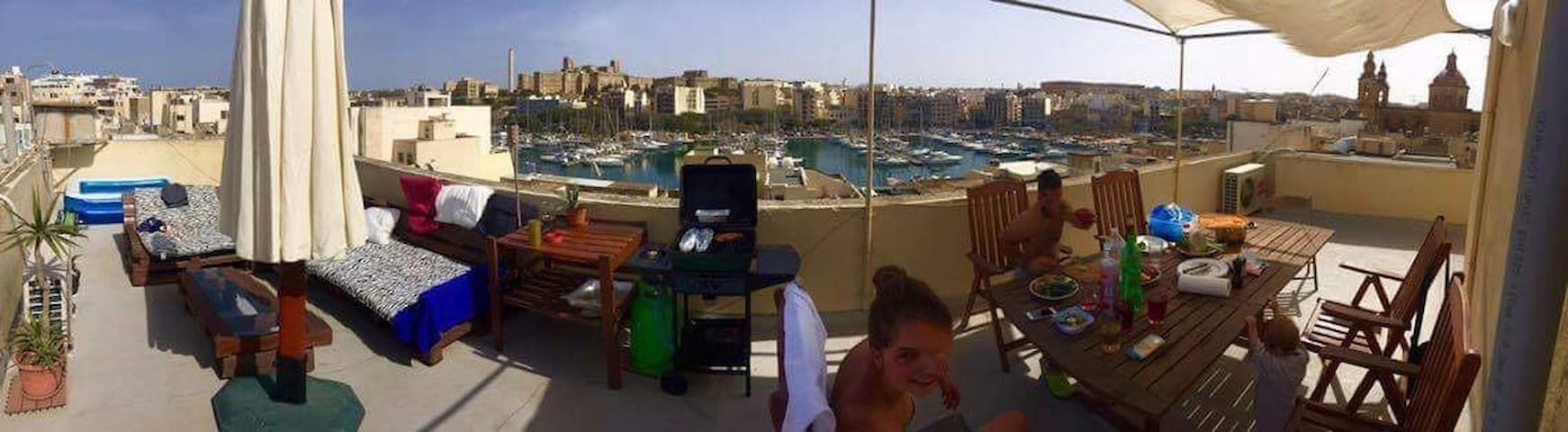 Marina view apartment Msida