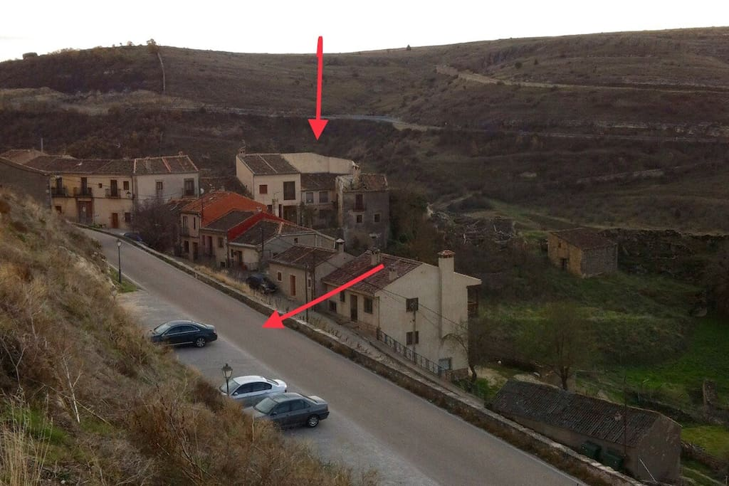 Ubicación de La Fragua.  Está señalado el parking que hay al lado de la casa.