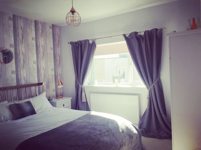 Elegant 2Bd Hse, Dalton-in-Furness - Dalton-in-Furness