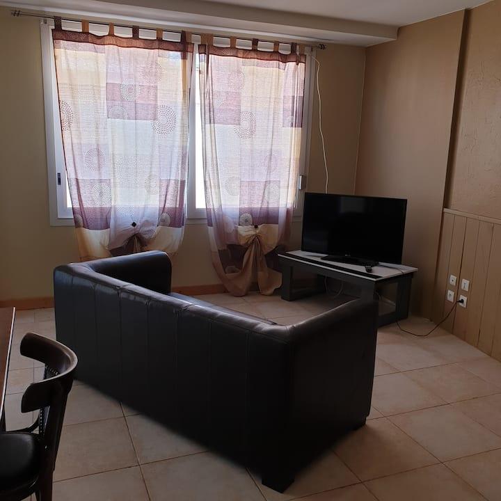 Appartement entier T2 60m² RDC