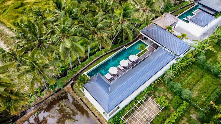 PROMO -70%- Exotic 4 bed villa, yoga shala & rice field view