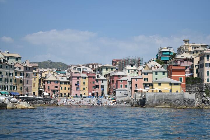 Boccadasse (antico borgo di pescatori a Genova)