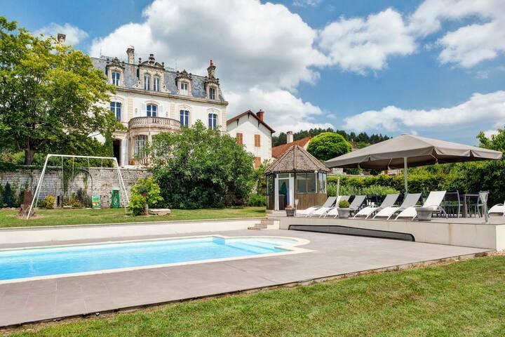 Chateau De Naugues at Bourgogne-Franche-Comté