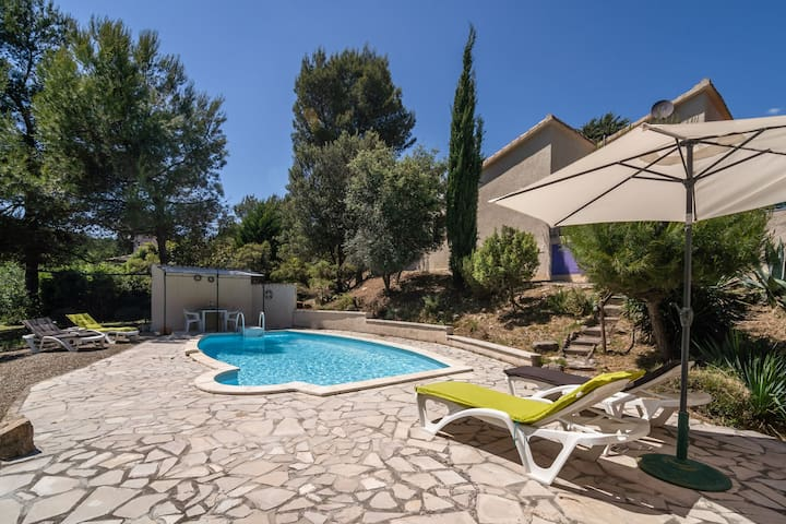 Luring Villa in Pouzols-Minervois with Pool