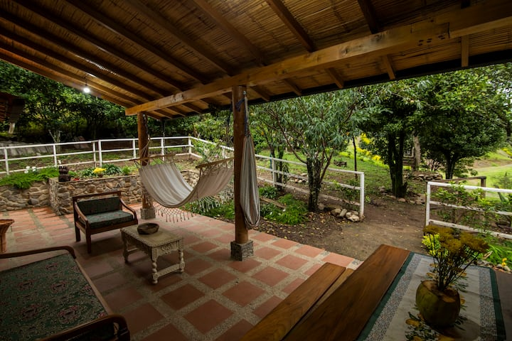 Vilcaloma Valle Sagrado - Relaxing Cottage House