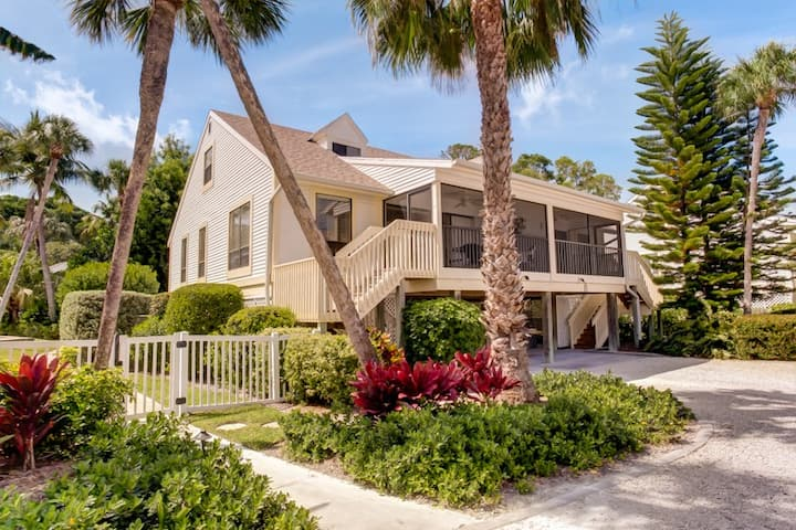 Captiva Shores 3A- Bay Breeze Cottage