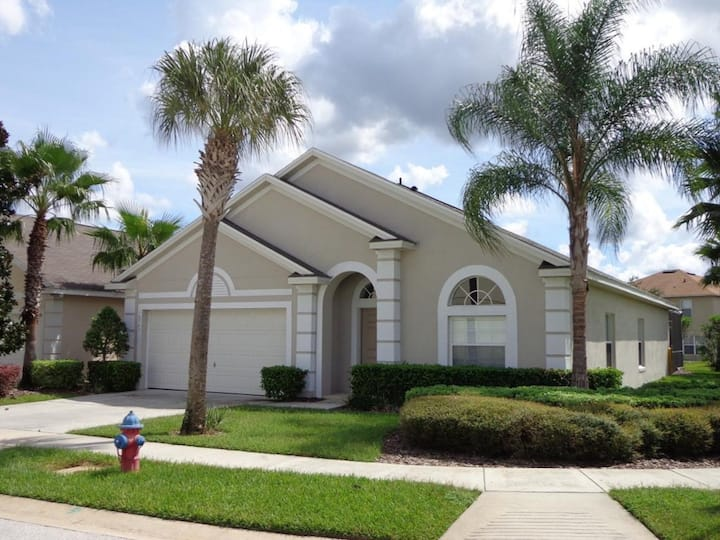 Dream Disney Vacation home! Perfect for families!