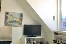 Sunny and cozy room in penthouse appartment ..