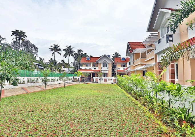 Villa/Furnished Accommodation-Kochi