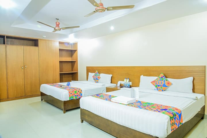 Comfortable Family Rooms with Modern Amenities near Hyderabad Railway Station