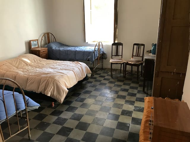 Habitaciones en Tudcum, Iglesia, San Juan.