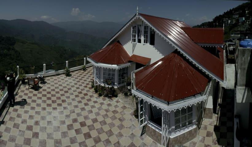 Yashita Homestay Darjeeling(Single budget room)