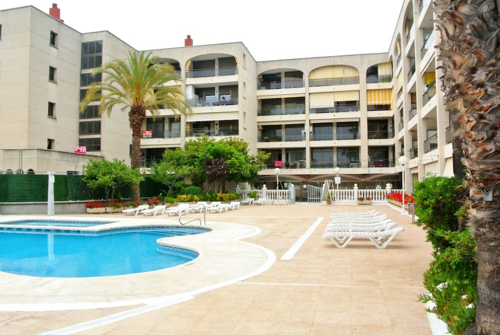 T027 Apartment With Pool In Calella Apartments For Rent