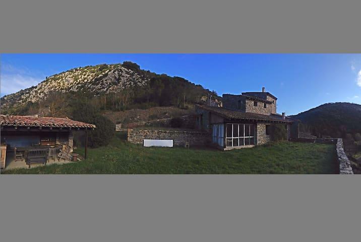 Le Peyral - Termes - House