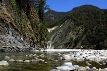 The high-point is a dip in the Ramganga river. You cannot not have it