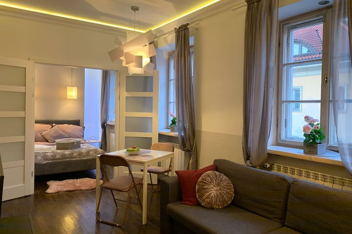 Styl&Eclectic OLD TOWN Romantic House