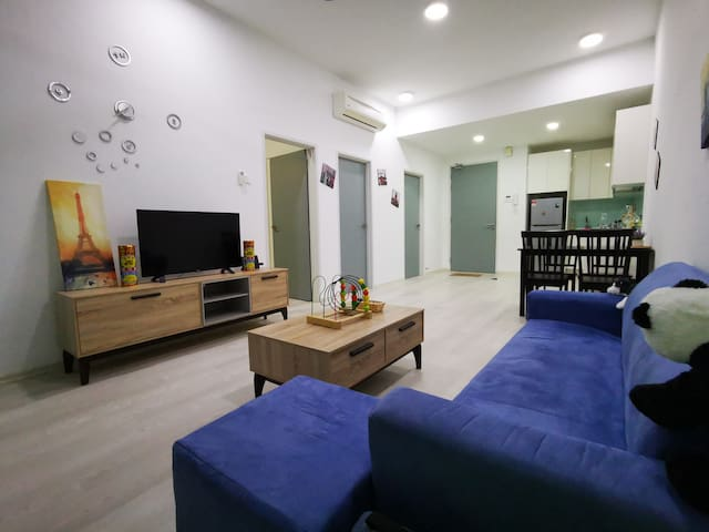 Cozy Home@Tropez Residence mins-Singapore/Legoland