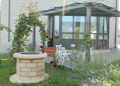 B&B Villino Liberty - a window on Casentino valley - Bibbiena - Bed & Breakfast