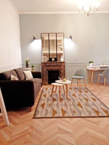 Appartement, charme, pied du château de Versailles