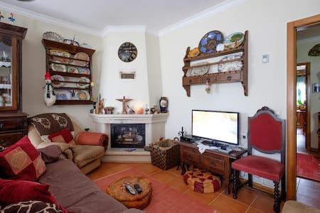 """""""Country house in city""""- 2 quartos em Coimbra (b)"""