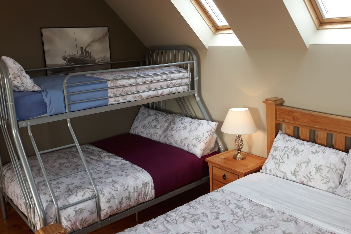 King size + Double + Single bunk on top