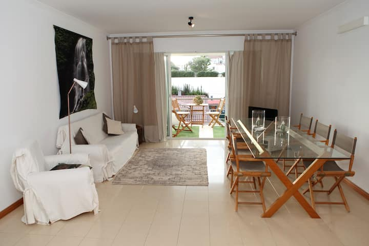 Seaside flat in Vila Franca
