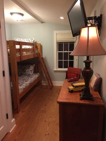 Second bedroom with twin bunk beds