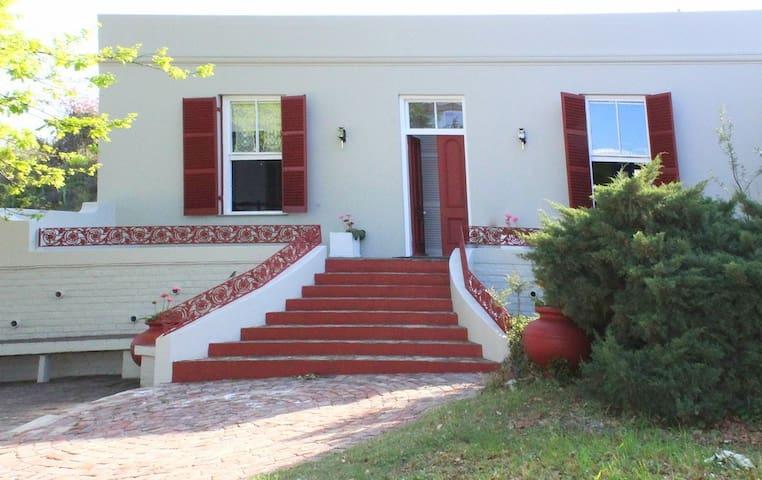 Doornkraal Kothuis - De Rust - Villa