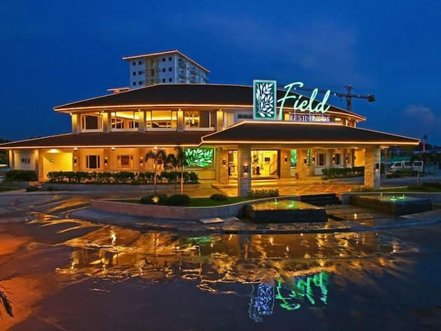 STAYCATION NEAR AIRPORT BESIDES SM MALL