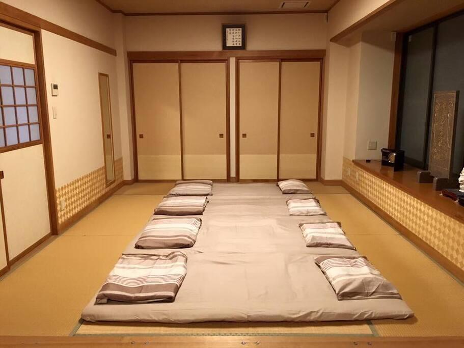ห้องพัก ห้องนอนสไตล์ญี่ปุ่น(เรียวกัง)