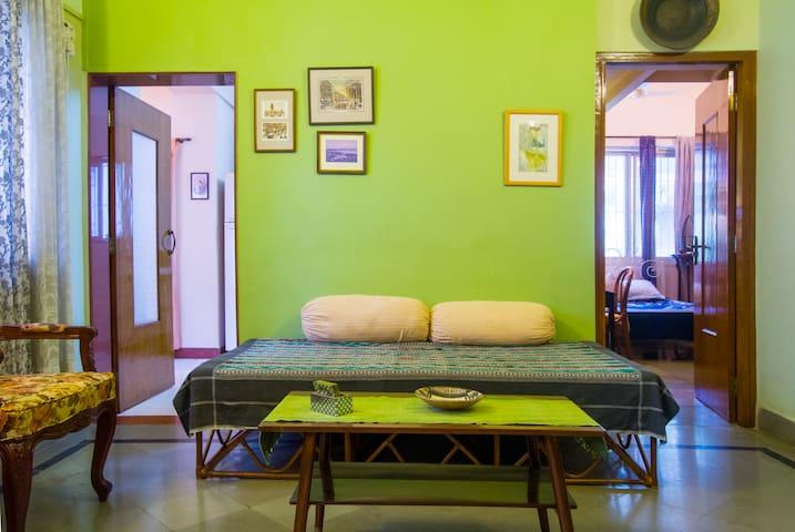 Elegant Apartment in Bandra