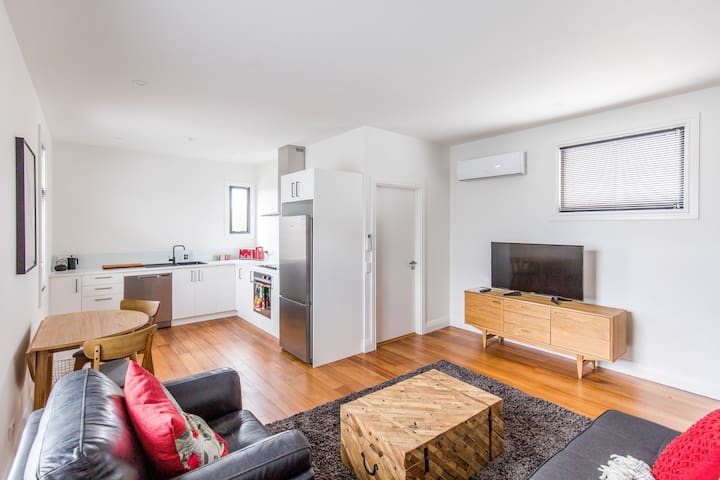 Provincial Apartment 3 - One Bedroom