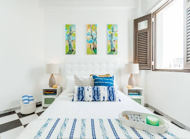 Azure Suite | Beautiful 1 Bedroom in best location in Old San Juan