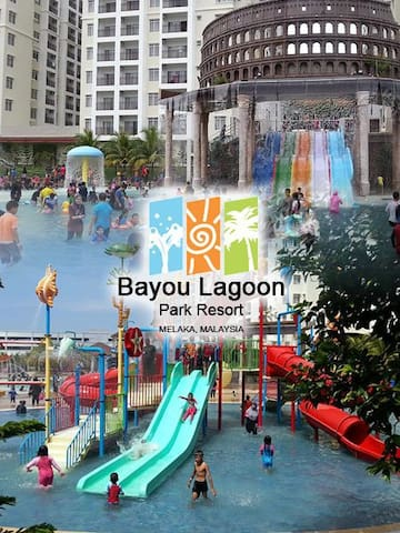 2 Bedrooms Bayou Lagoon Park Resort
