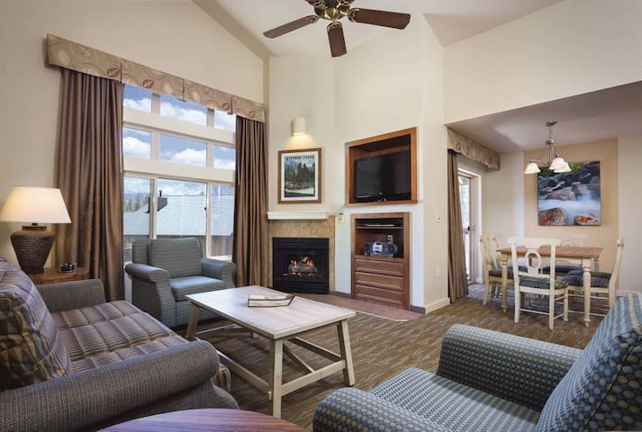 South Lake Tahoe Retreat