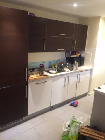 Double room in modern apartment - Greater London - Appartamento