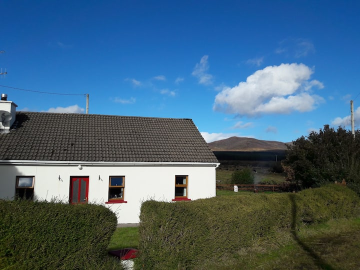 Lovely quiet cottage in beautiful rural Kerry.