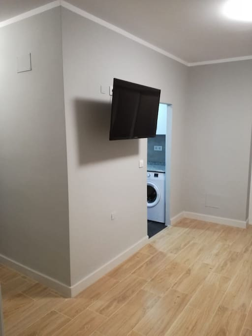 TV salon