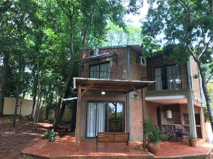 Arasy. Apartment situated by the Iguazu River