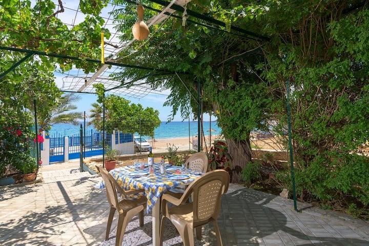 Garden Stegna Beach House