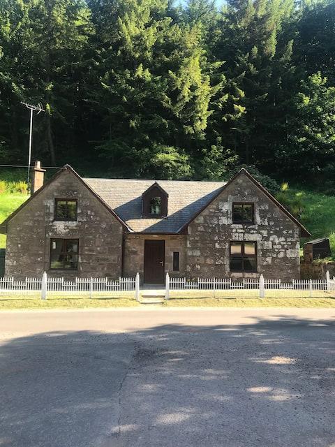 West Lodge