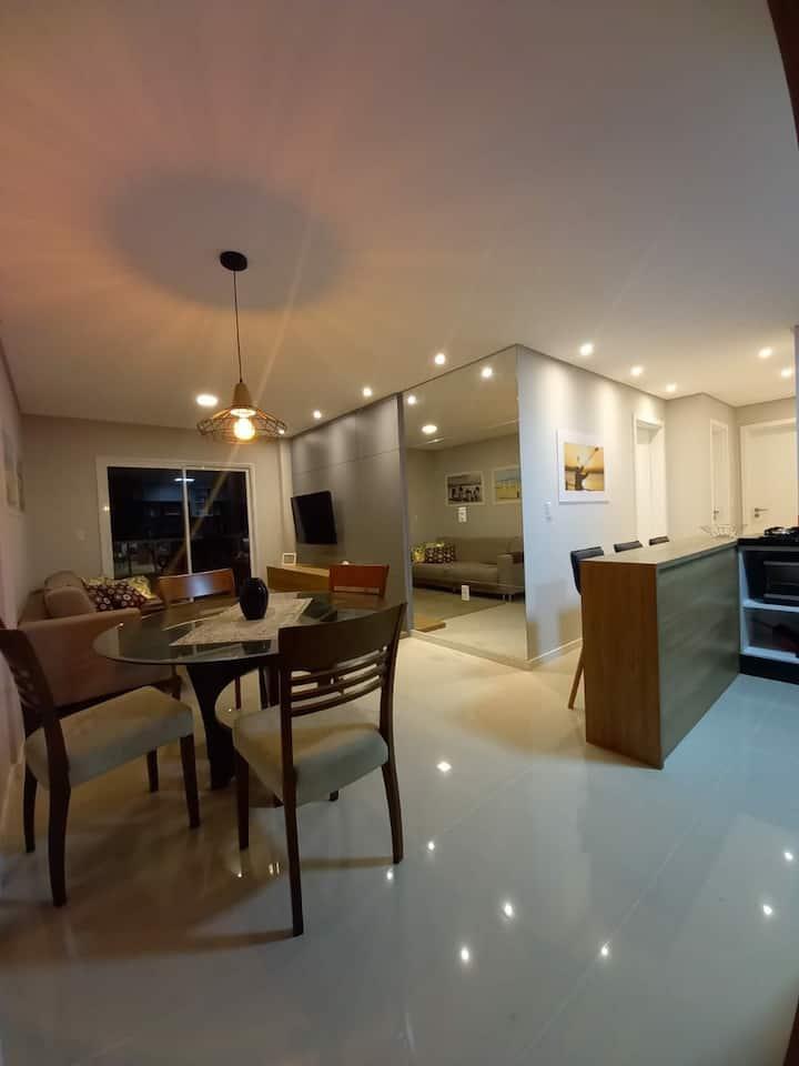 Apartamento cobertura novinha em Bombinhas