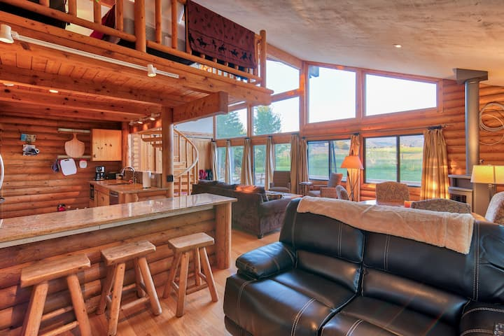 Gorgeous Teton Cabin- Breathtaking Mountain Views!