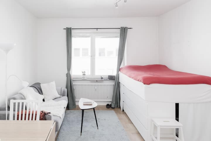 Bright and Top Located Studio for a perfect Stay