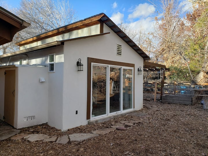Private casita in north valley.
