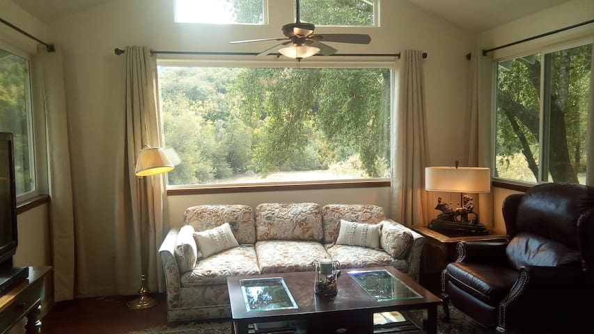 Camp Rose Sanctuary - Healdsburg - Apartment