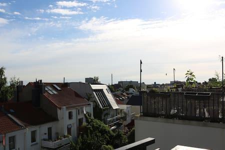 Appartement mit großer Dachterrasse im Viertel - Bremen - Apartment - 1