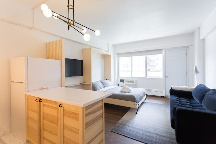 The Sherbrooke Suite 99