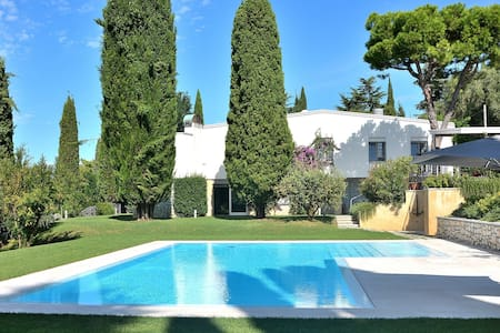 Frontlake Villa in Bardolino with Private Pool - Gralaoni-pralesi-cisano