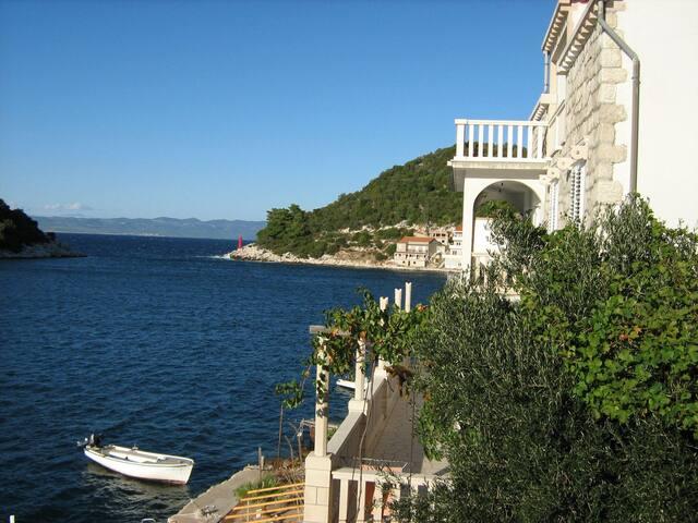Apartment MF A6 President Zaklopatica, Island Lastovo
